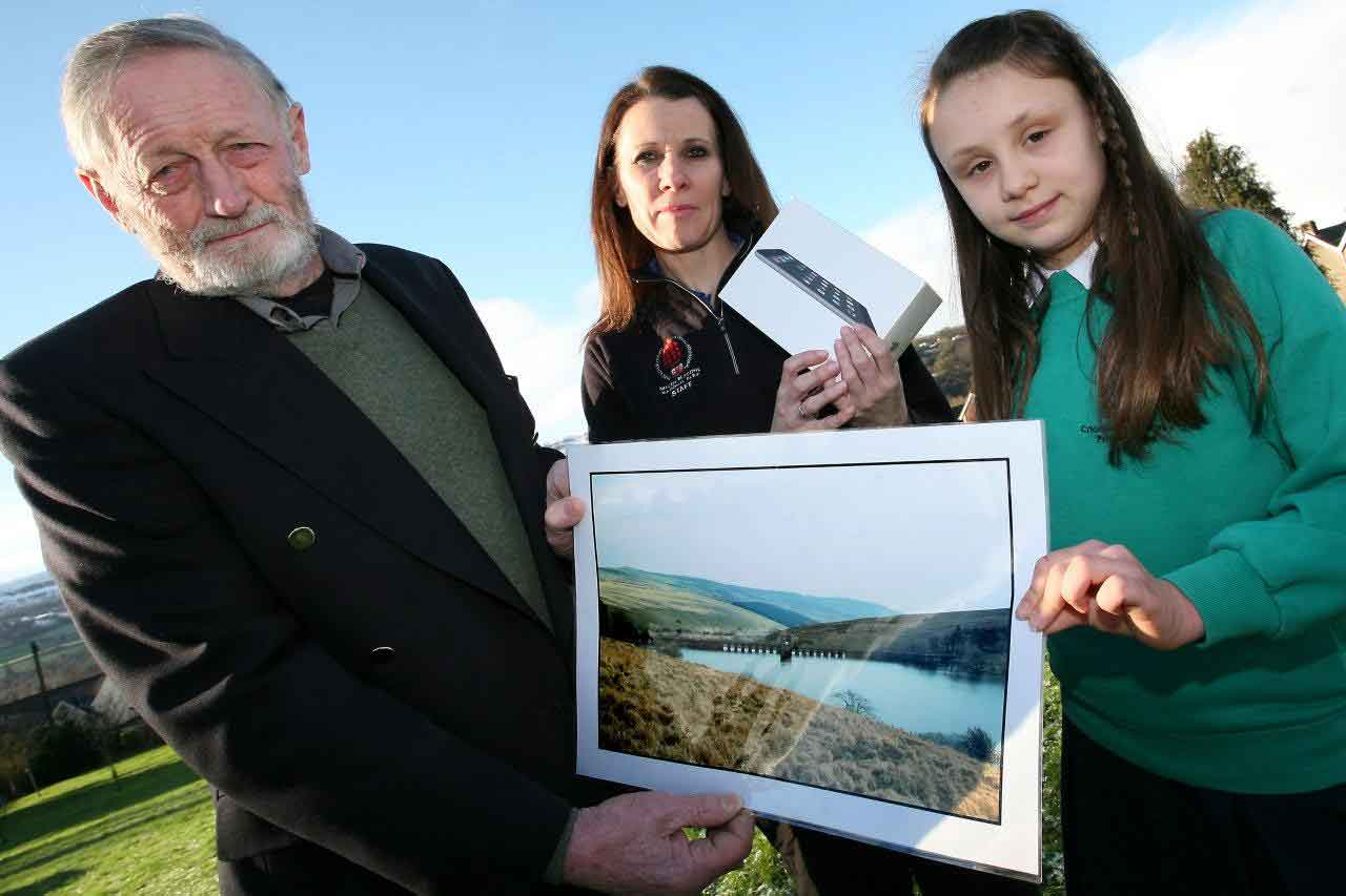 Brecon-Beacons-National-Park-Authority---Crickhowell-pupil-wins-National-Park-Photography-Competition